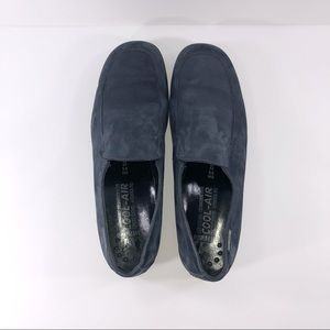 Women's Mephisto Blue Suede Loafers!!